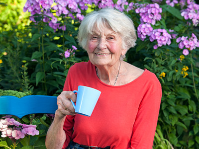 Woman Enjoying Senior Care in Warm Weather (1)